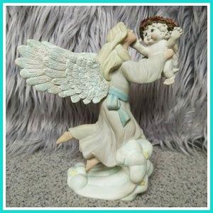Other - Beautiful ceramic angel